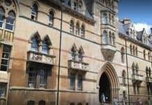 Mohon Universiti Oxford